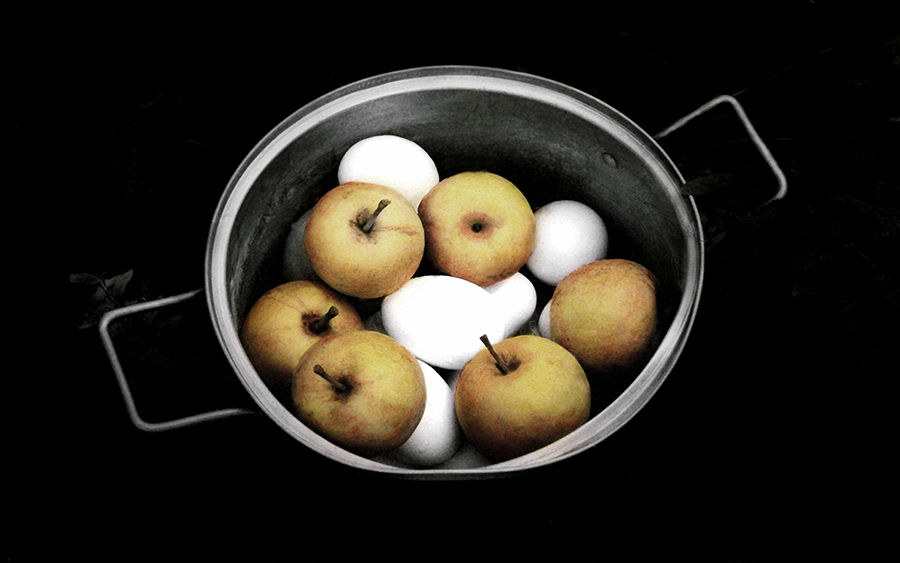 Apples-Eggs